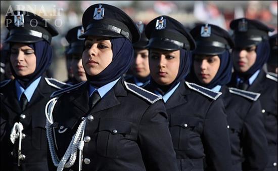 رژه زنان ارتشی عراق را تماشا کنید