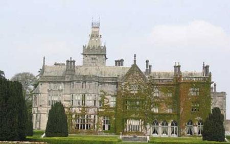 """قلعه """"آدار مانور"""" در ایرلند,ترسناک ترین قلعه های دنیا,جالبترین قلعه های دنیا"""