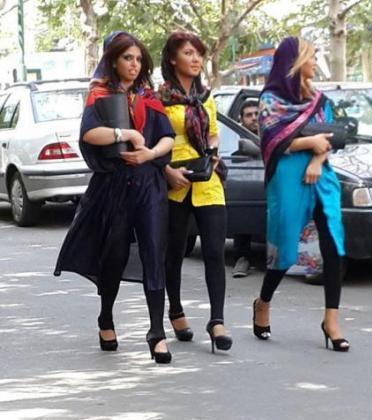 rahafun.com ax saport افزایش دختران ساپورت پوش در تهران!!